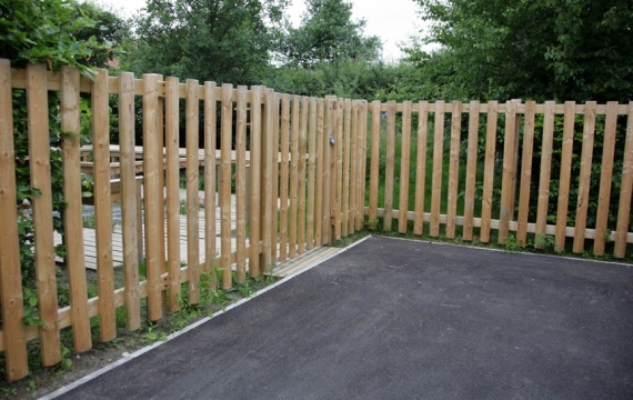 FS003 - Timber Fencing 1.5m (h) 1